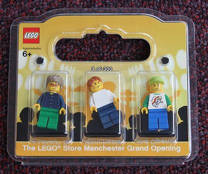 Lego Store Oasis Band Minifigure Set